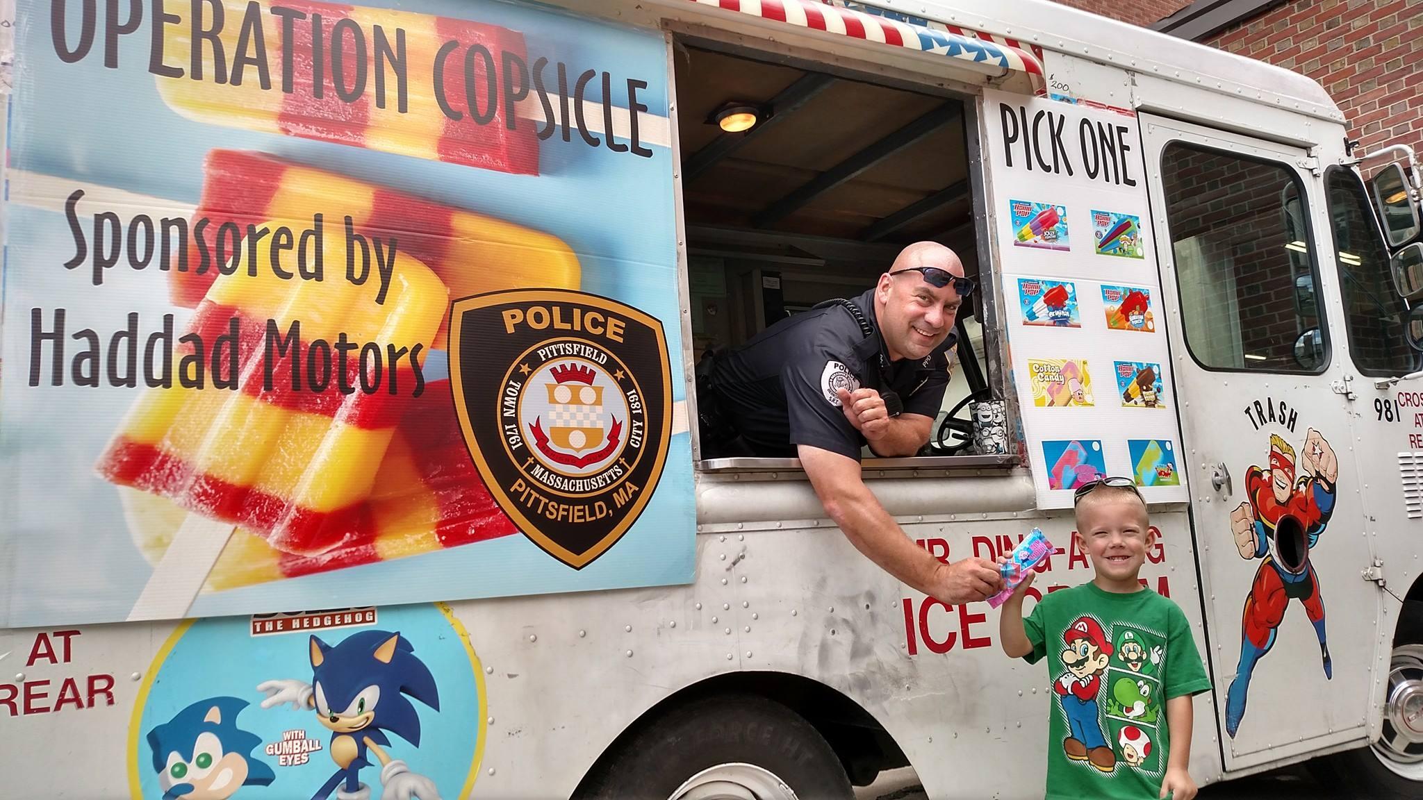 ice cream truck_456892