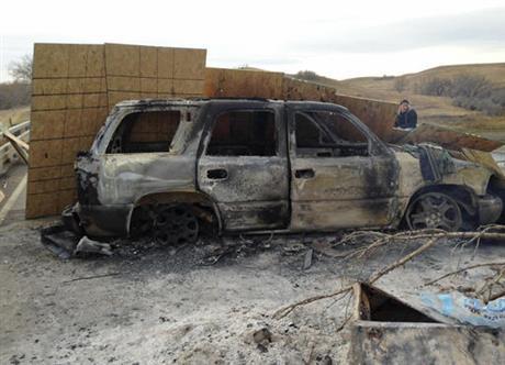 burned-truck_491682
