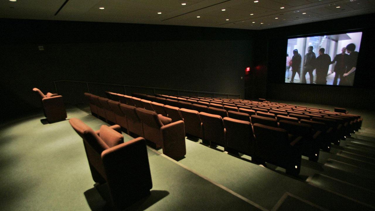 movie-theater_583191