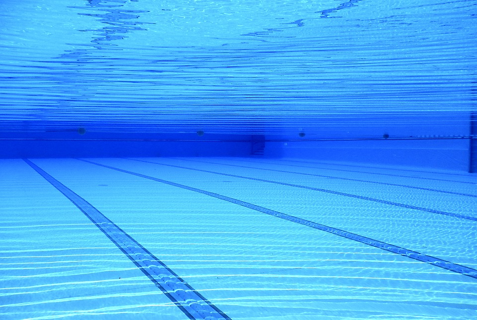 Swimming Pool_590767