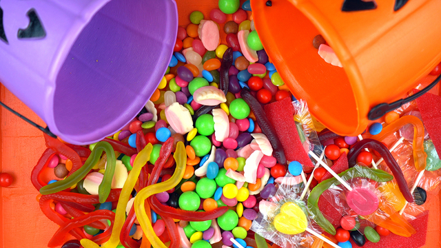 Halloween Trick Or Treat Candy Overhead Jack-o-lantern Buckets_646068