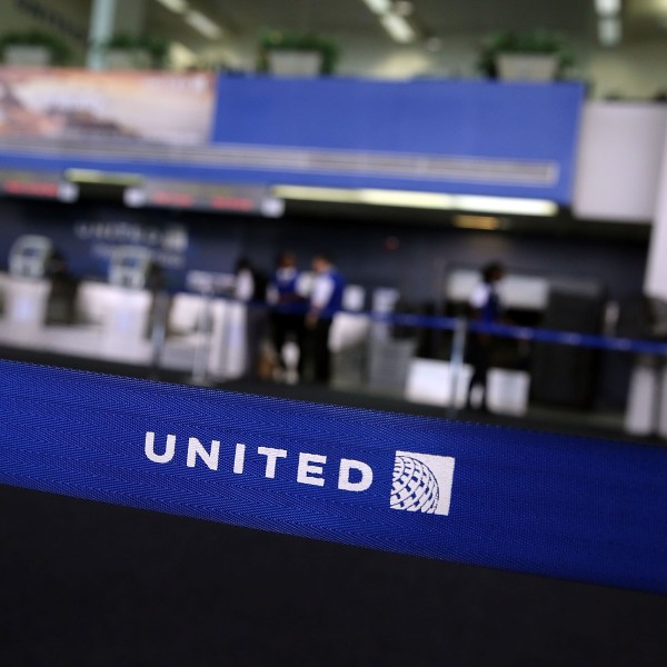 United Airlines Grounds All Flights Worldwide After Computer Glitch_714447