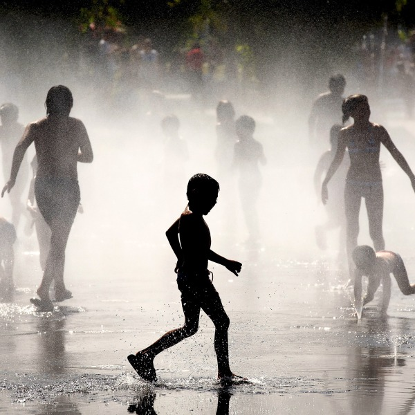 Hot weather kids cooling off