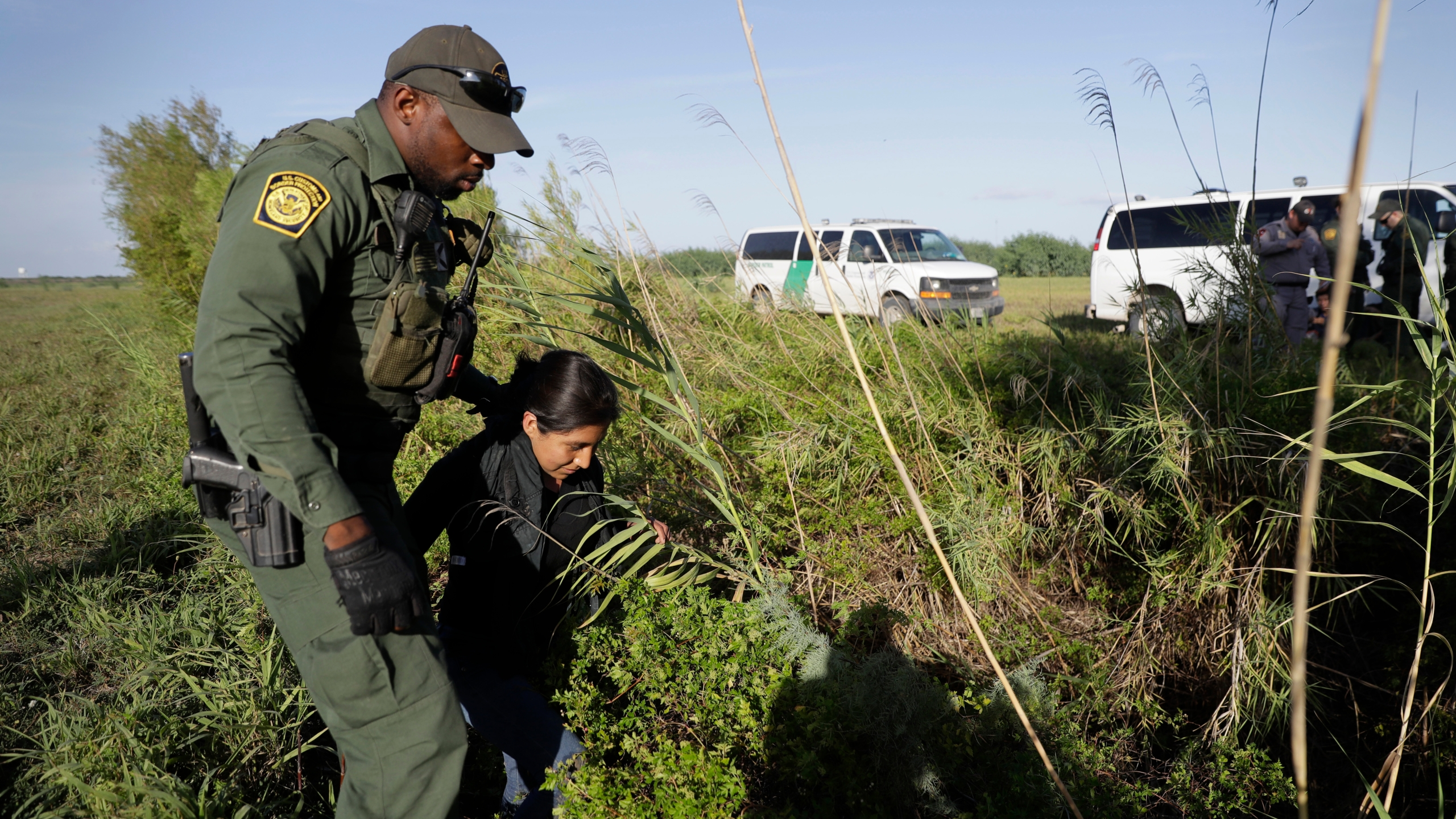 Immigration-Border_Arrests_43228-159532.jpg38272673