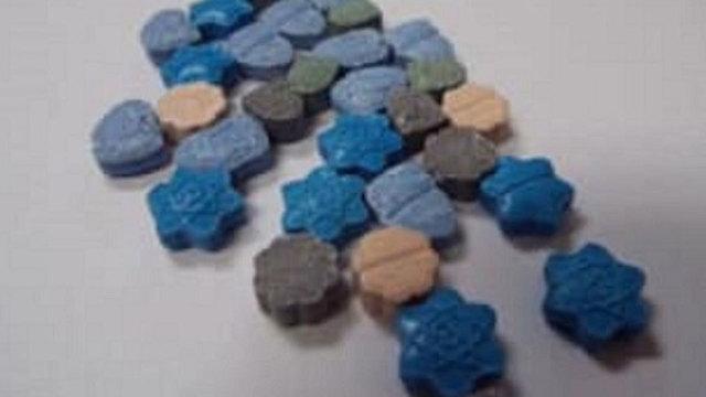 blue-meth-halloween-candy_1540725910167_60438448_ver1.0_640_360_1540833887596.JPG
