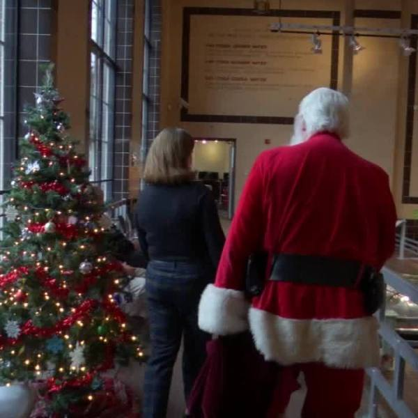 Kids spend day with Santa at Saratoga Automobile Museum