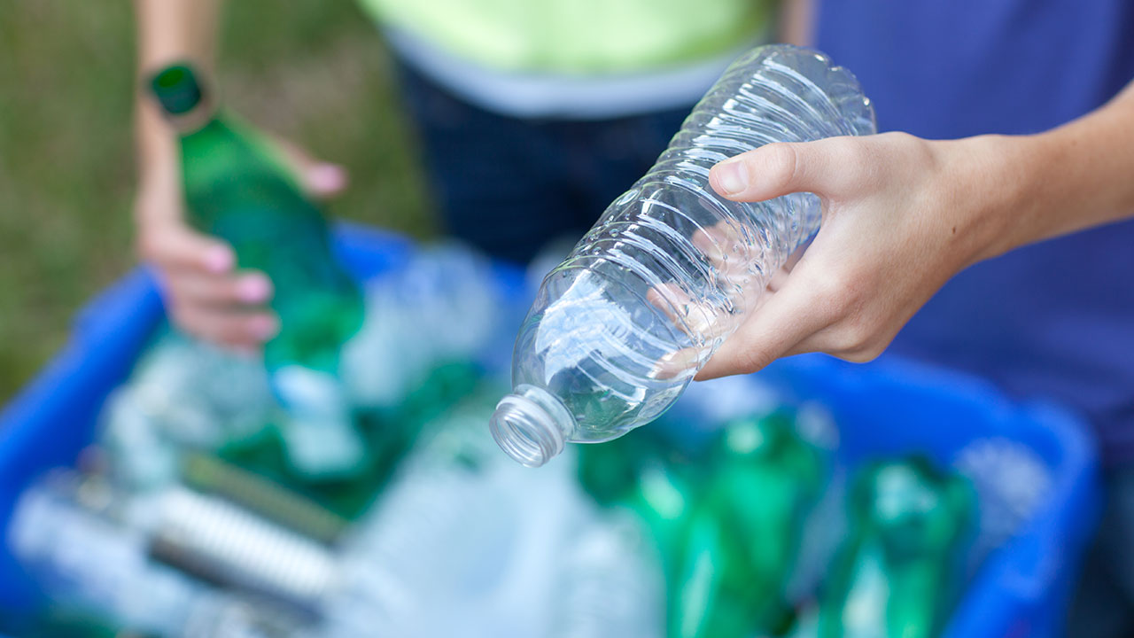 recycling-plastic-water-bottle_1544562697206_427078_ver1_20181212055701-159532