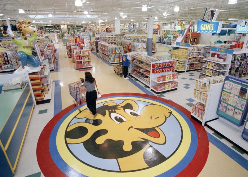 Toys 'R' Us_1549976885060.jpeg.jpg