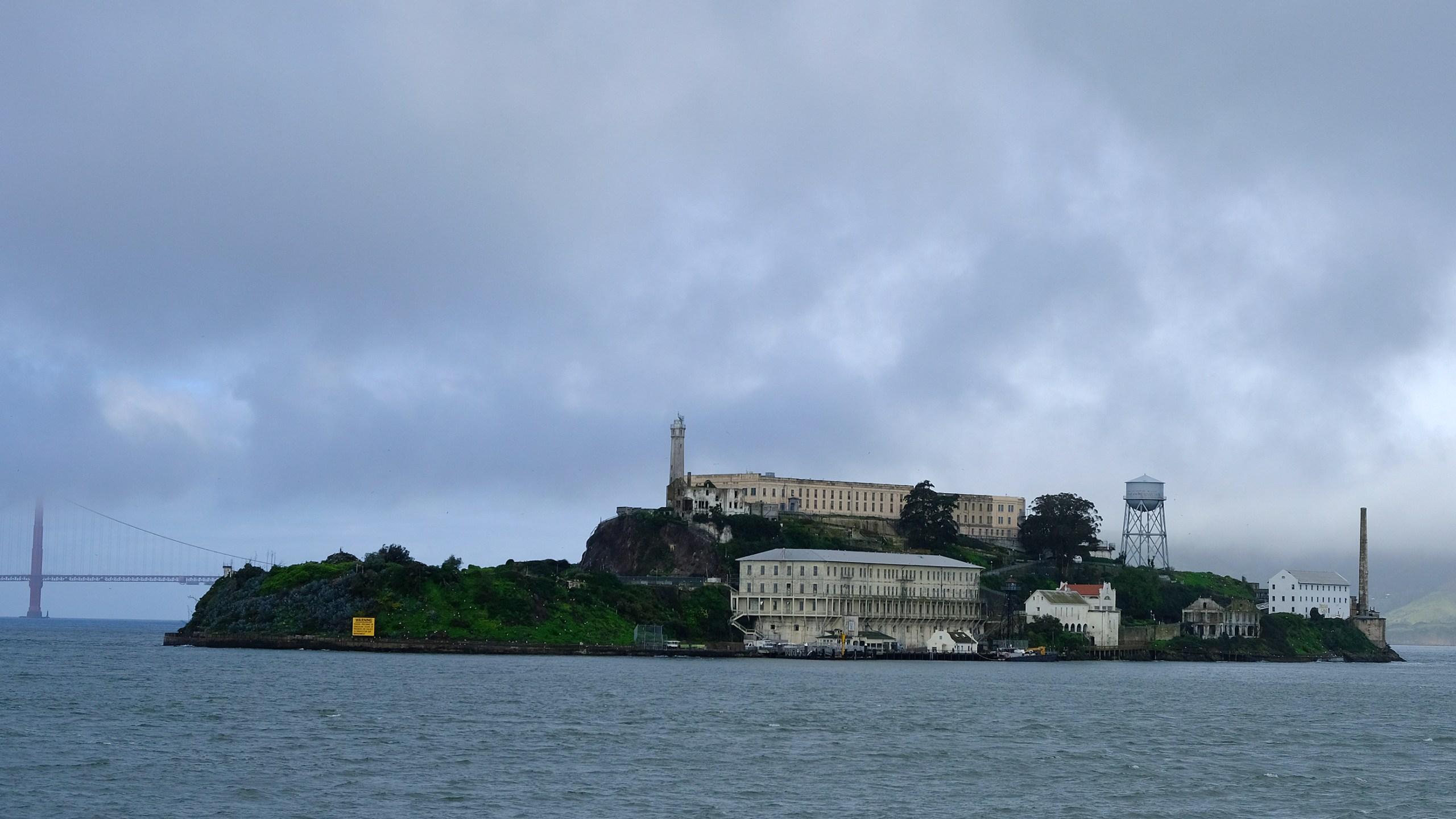 Alcatraz_Island_Tunnels_77501-159532.jpg25141416