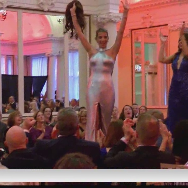 Charity fashion show held to benefit cancer patients