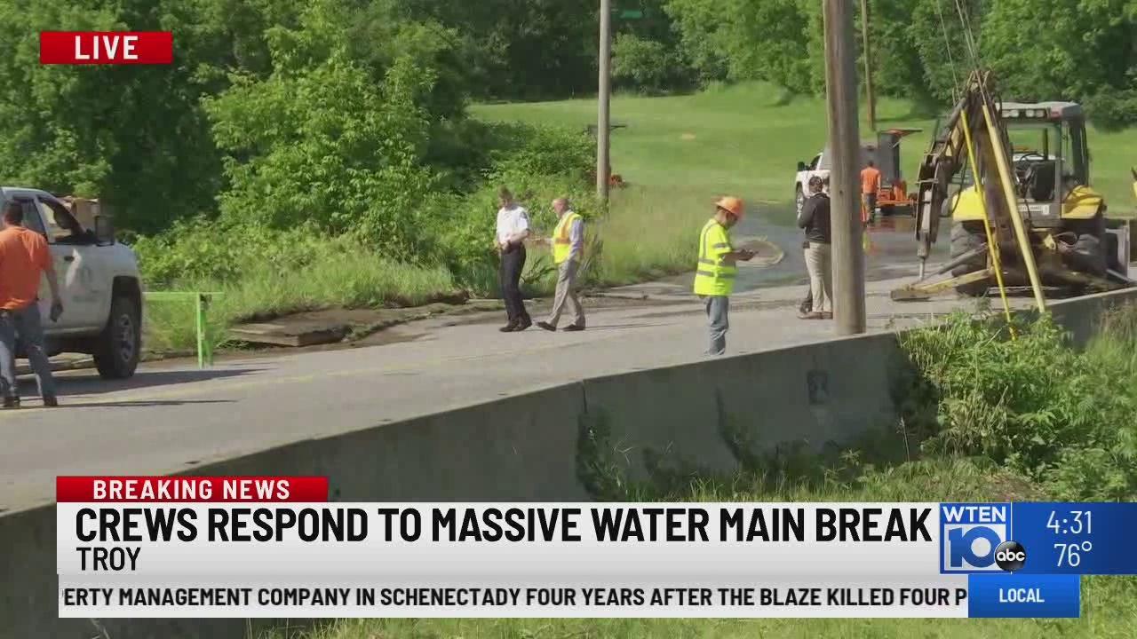 Oakwood Avenue water main repairs complete in Troy