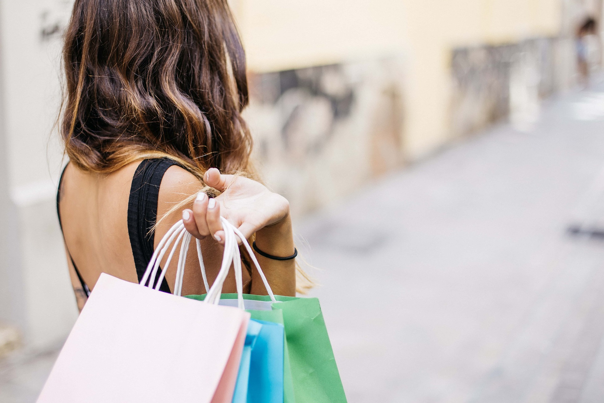woman shopping credit Pixabay_1560338998579.jpg.jpg