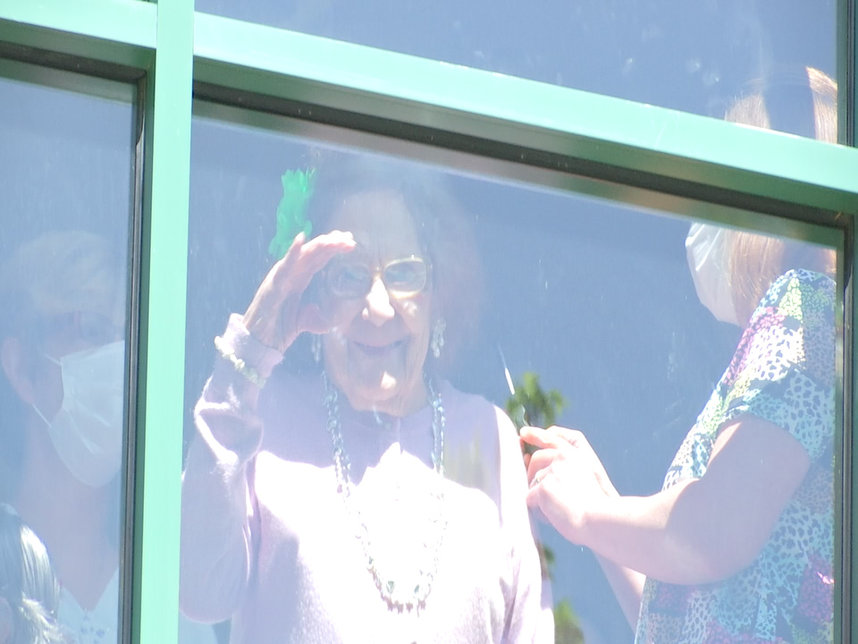 WWII Veteran Celebrates 95th Birthday From Nursing Home Window