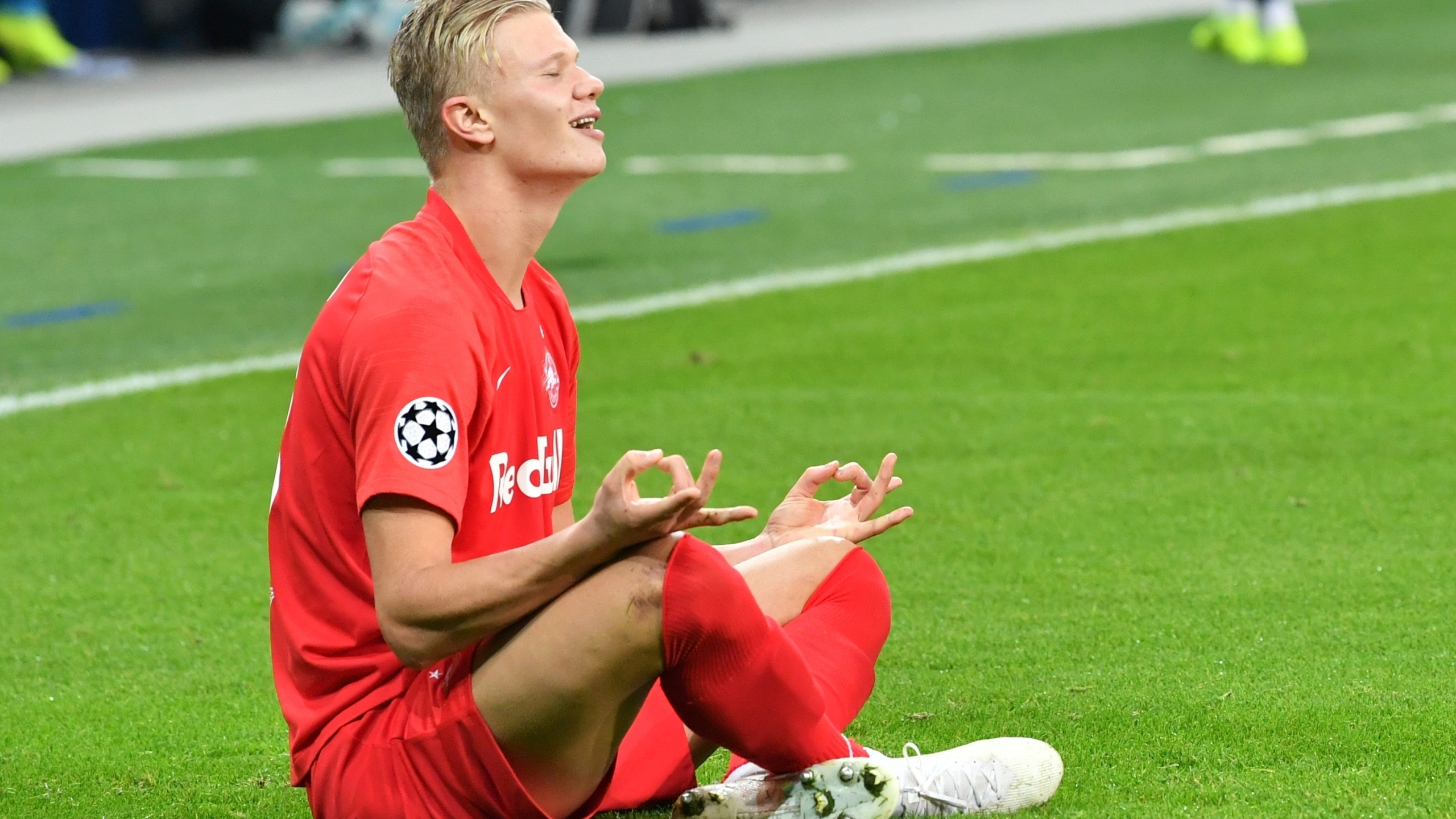 Chelsea has prepared 150 million pounds for the purchase of Erling Haaland.