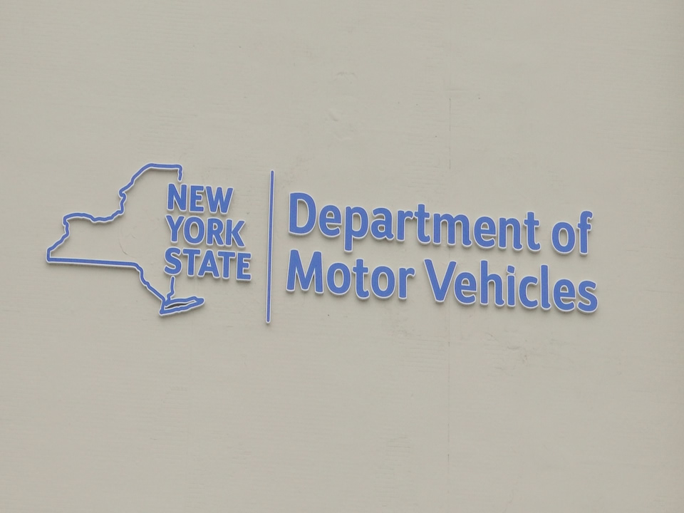 DMV offices closed, new used car owners struggle to cars on road