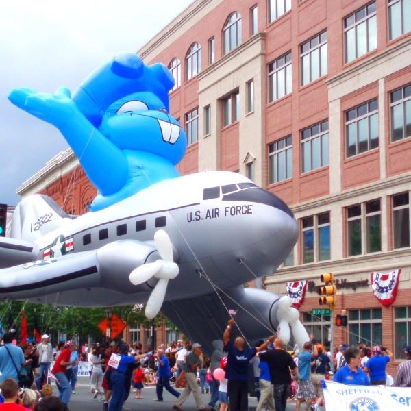 Cartoon squirrel Rocky parade float