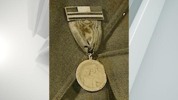 Catskill stolen spanish civil war medal
