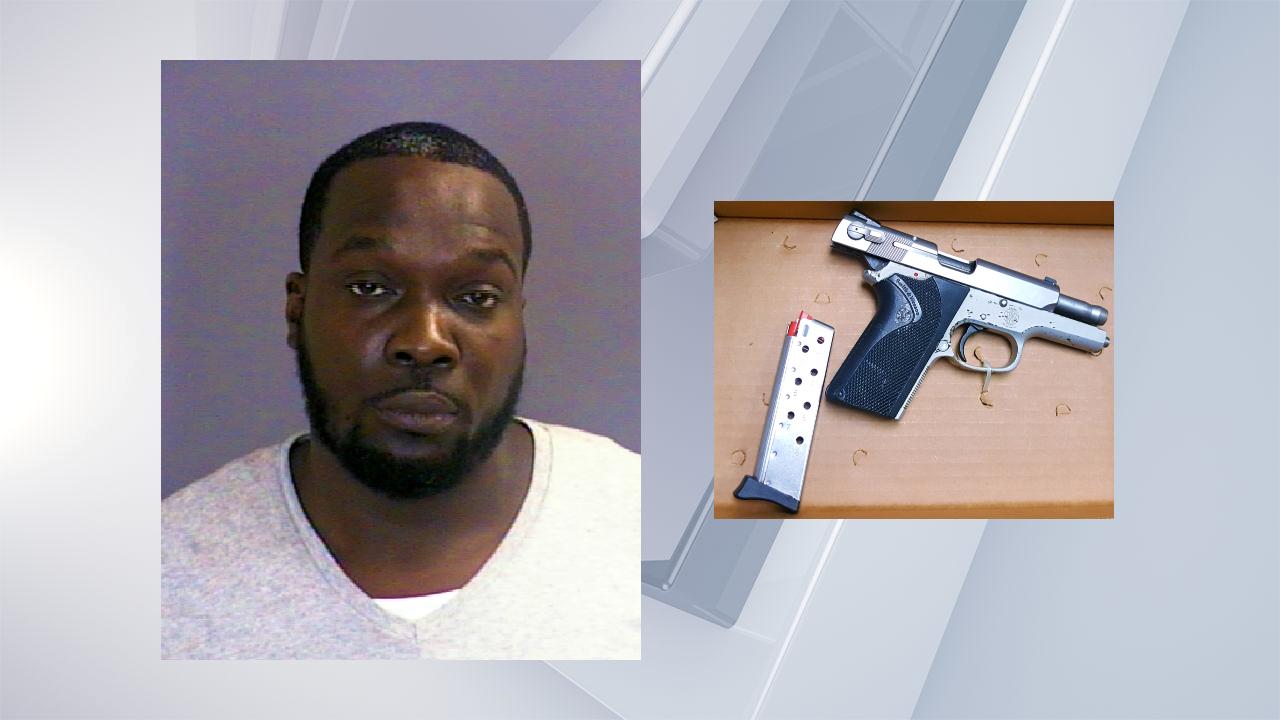 Joseph Williams mugshot and gun
