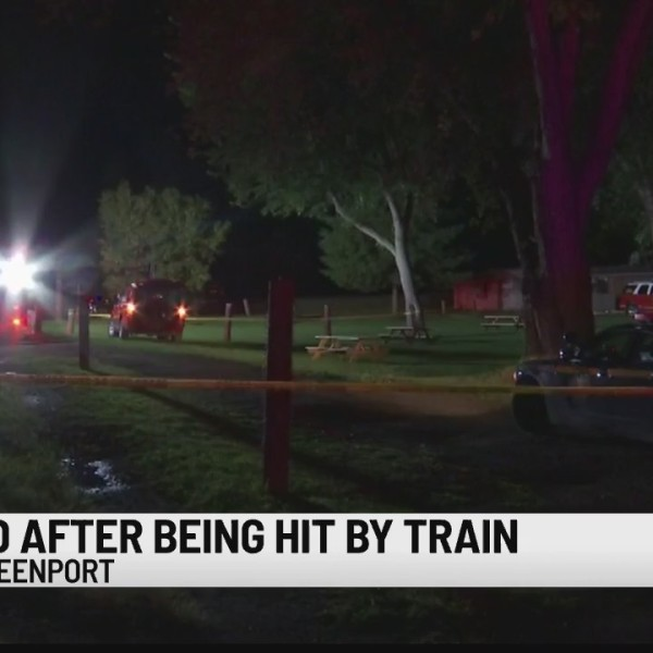 greenport hit by amtrak train