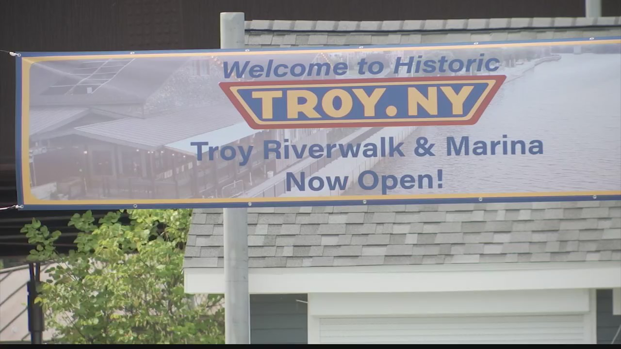 troy riverwalk and marina, troy seawall