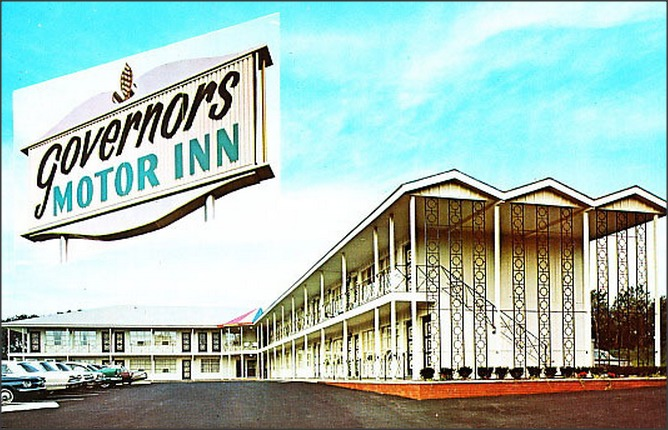Governors Motor Inn Motel. (1950sUnlimited / flickr / CC BY 2.0)