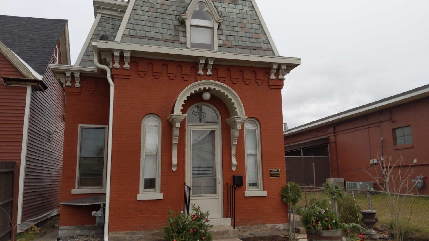 glens falls tiny house culvert street