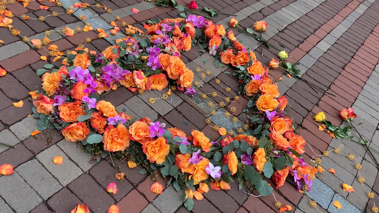 'Floral Heart Project' provides emotional support for Vermonters during pandemic