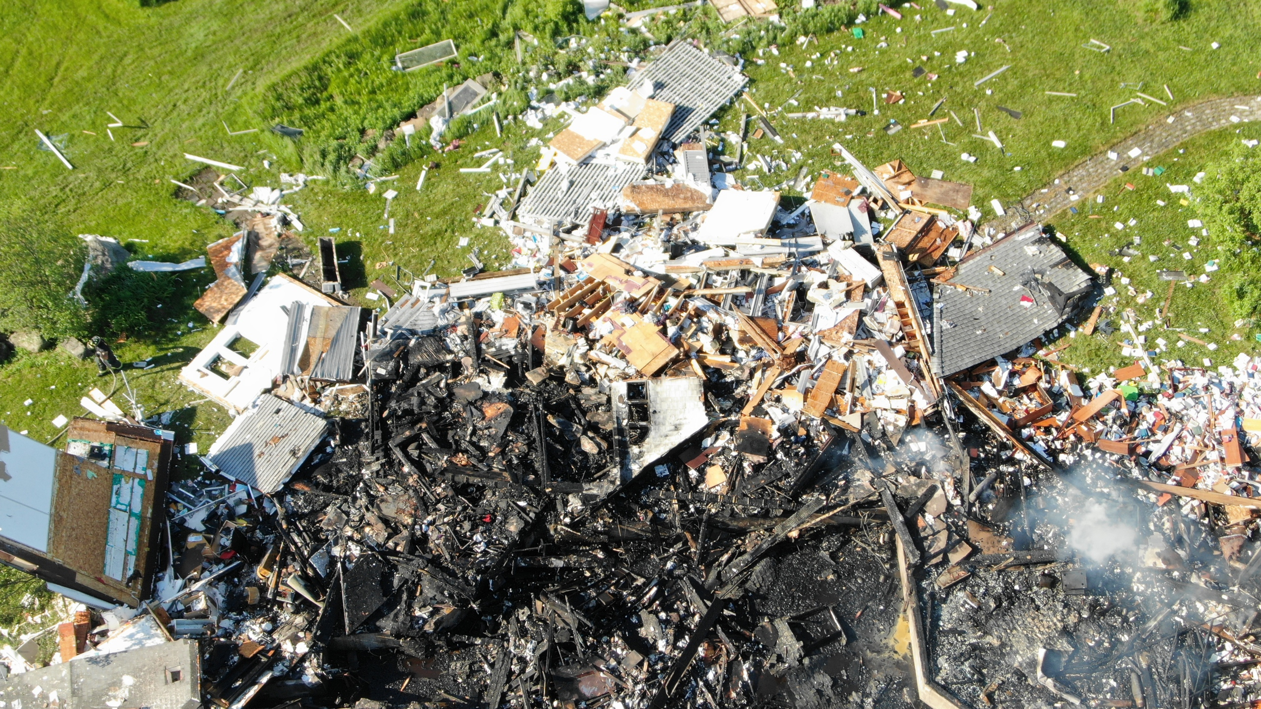 Community remembers couple killed in Berne house explosion