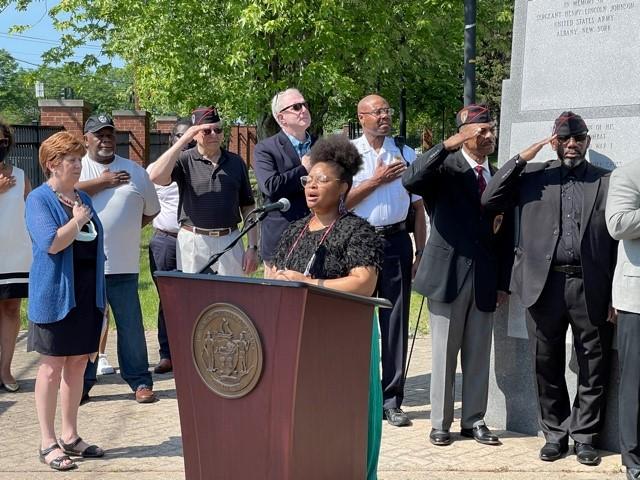 LaShaunda Motley Singing Lift Every Voice and Sing on Henry Johnson Day (courtesy: City of Albany)