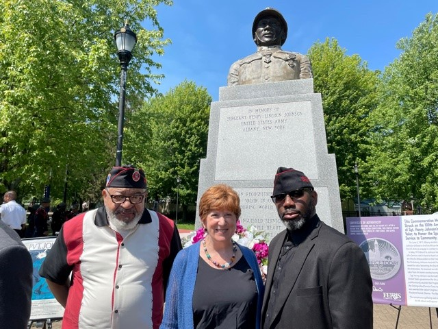369th Regiment vets Jim Dandles and Ronald Wilson with Albany Mayor Kathy Sheehan on Henry Johnson Day (Courtesy: City of Albany)