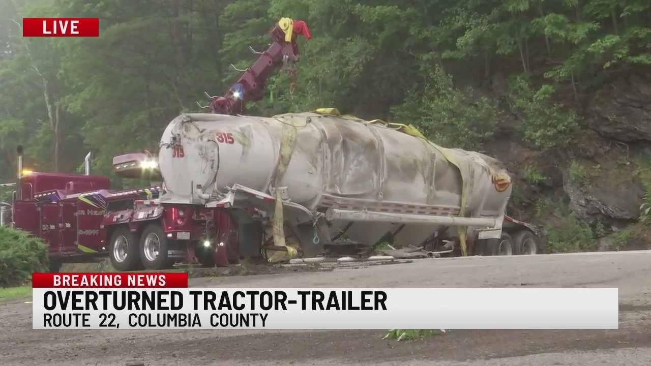 overturned tractor-trailer in hillsdale