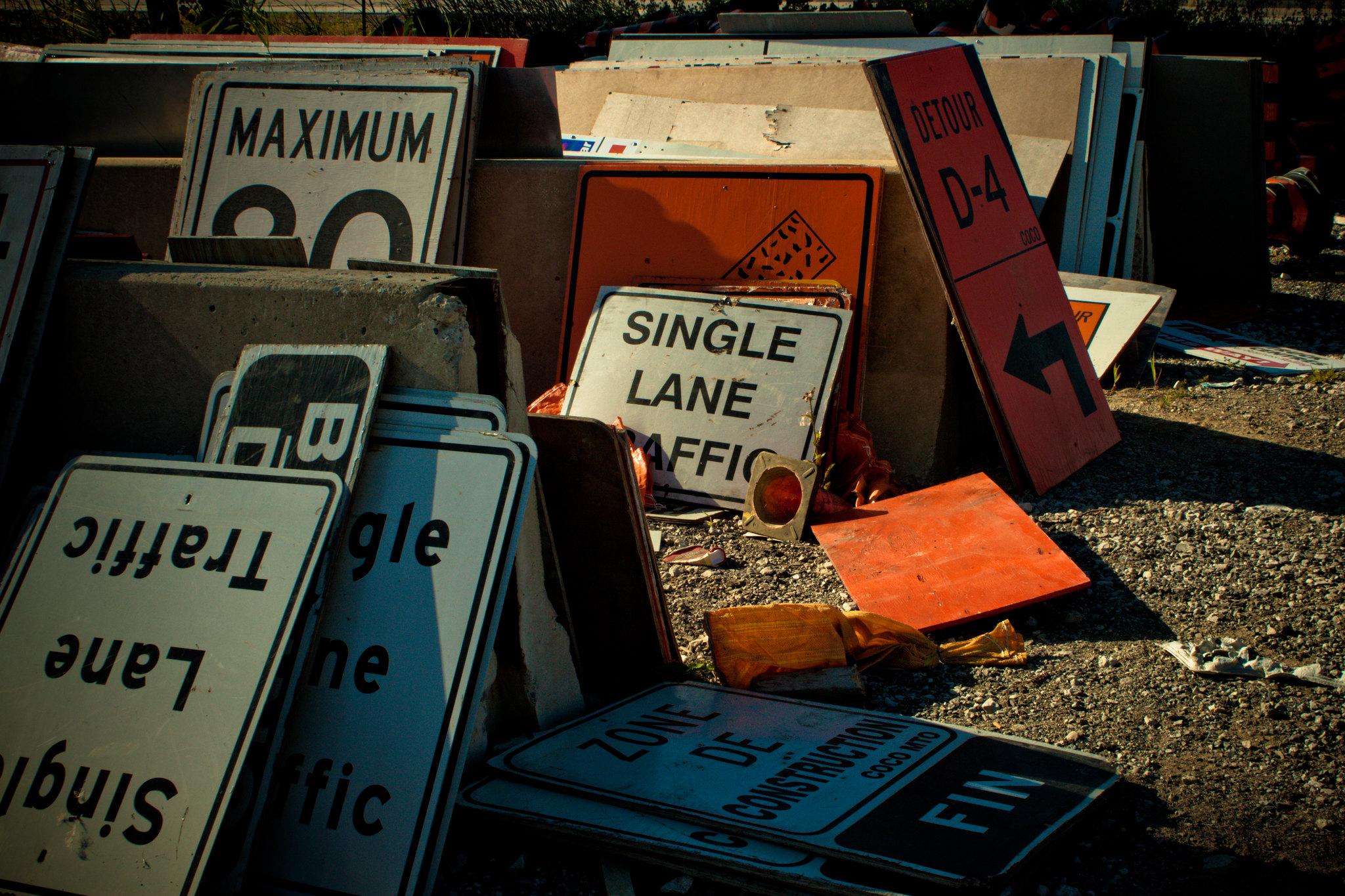 Single lane traffic. (Sharon Drummond / Flickr / CC BY-NC-SA 2.0)