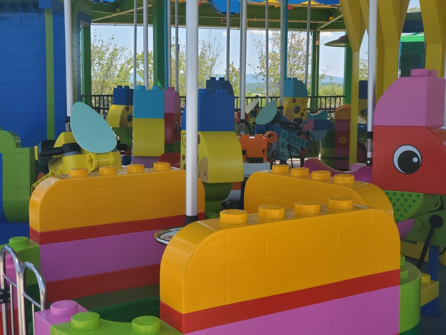 Brick Party Seats 2
