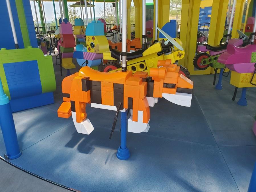 Brick Party Tiger