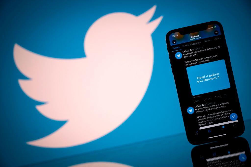 <b>Twitter</b> now allows you to 'remove followers' - WTEN thumbnail